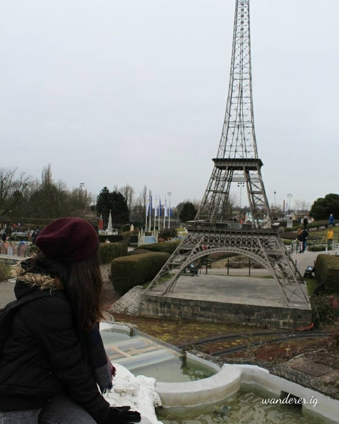 Khong den Phap van co the check-in voi nhung phien ban Eiffel nay hinh anh 16
