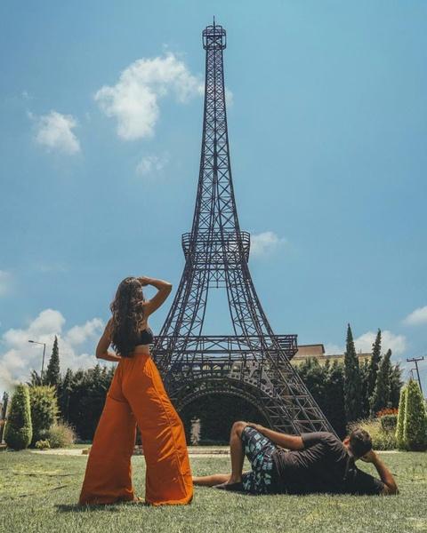 Khong den Phap van co the check-in voi nhung phien ban Eiffel nay hinh anh 12