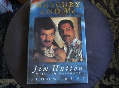 Hoi uc ve thu linh Queen Freddie Mercury cua nguoi tinh dong tinh hinh anh