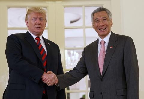 Tong thong Trump dang clip cam on ong Ly Hien Long hinh anh