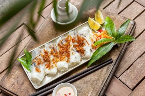 Bánh cuốn, miến om gà và những món ăn thường xuất hiện trong quốc yến