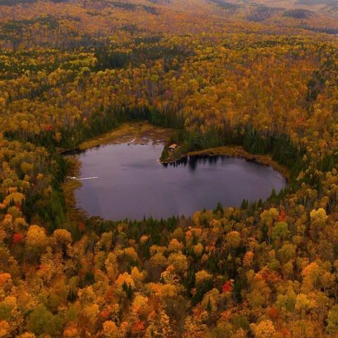 Heart Lake và những hồ nước có hình trái tim đẹp nhất thế giới - Ảnh 2