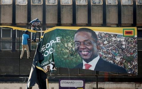 Bat on hau bau cu tai Zimbabwe: Quan doi na dan vao nguoi bieu tinh hinh anh 9