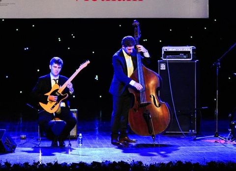 'Nhung chu ong' mang nhac jazz Canada toi Viet Nam hinh anh