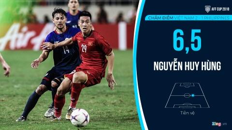 Cham diem Viet Nam vs Philippines: Quang Hai ruc sang hinh anh 12