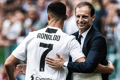 HLV Allegri: 'Juventus co loi the vi so huu Ronaldo' hinh anh