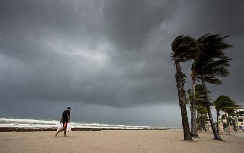 Sieu bao cap 4 Irma do bo dat lien bang Florida hinh anh