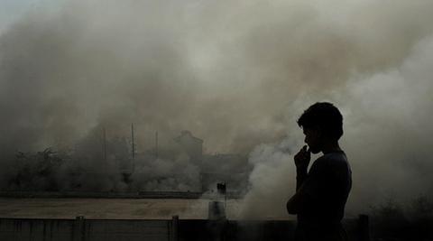 New Delhi ngot ngat trong o nhiem hinh anh