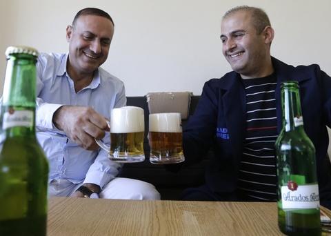 IS bi tieu diet, cong nghiep bia Syria di tim lai thoi hoang kim hinh anh 3