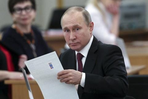 Bau cu Nga 2018: Tong thong Putin di bo phieu o Moscow hinh anh 1