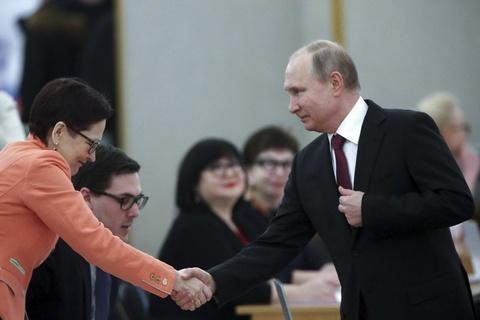 Bau cu Nga 2018: Tong thong Putin di bo phieu o Moscow hinh anh 5