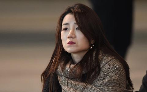 Chu tich Korean Air xin loi vi be boi cua hai 'cong chua hu' hinh anh