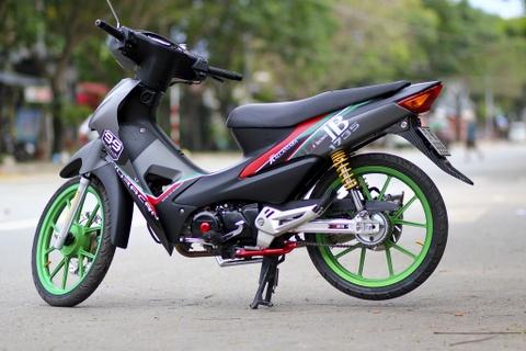 Honda Wave RS do do choi hang hieu cua biker Sai Gon hinh anh