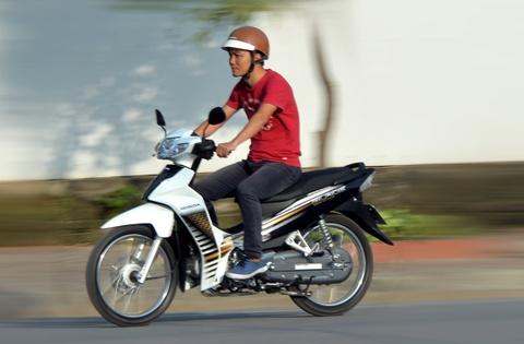 Chay thu Honda Blade 110: Lua chon moi cho xe so pho thong hinh anh