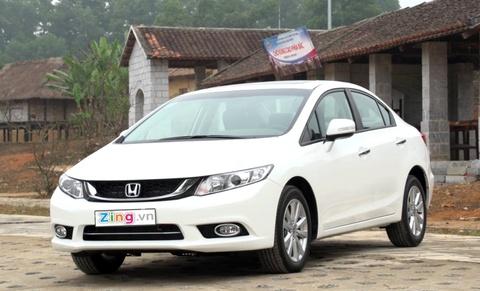 Kham pha noi ngoai that Honda Civic 2015 vua ban o Viet Nam hinh anh