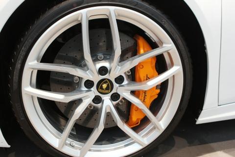 Chi tiet Lamborghini Huracan chinh hang thu 2 o Viet Nam hinh anh 4