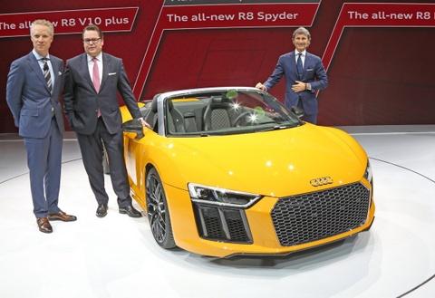 Audi R8 Spyder V10 2017 ra mat o trien lam New York hinh anh 7