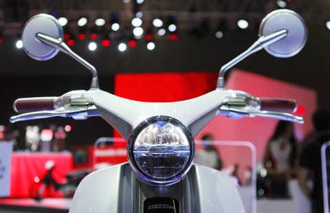 Chi tiet concept Honda EV-Cub chay dien vua ve Viet Nam hinh anh 3