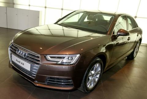 Audi A4 2016 chinh hang dau tien o Viet Nam hinh anh