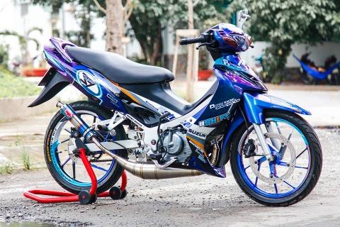 Xe 2 thi Suzuki Satria mau doc cua biker Lam Dong hinh anh