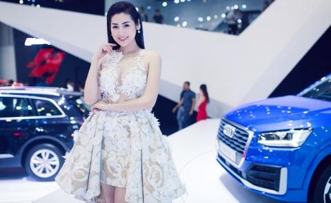 Thuy Tien goi cam ben dan xe sang Audi hinh anh 3