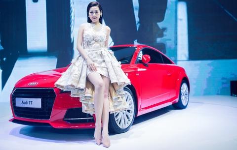 Thuy Tien goi cam ben dan xe sang Audi hinh anh 4