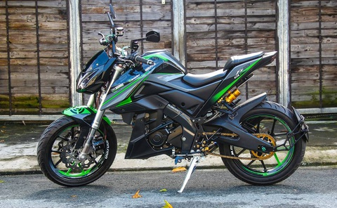 Yamaha FZ150i do phong cach moto phan khoi lon o Sai Gon hinh anh