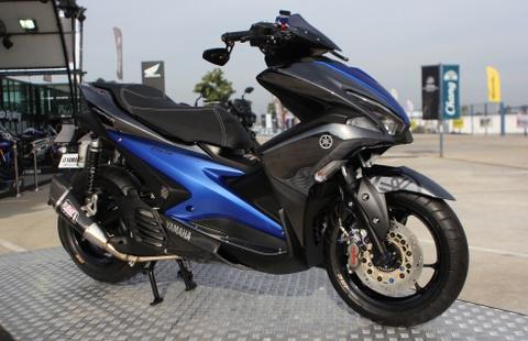 Xe thay the Yamaha Nouvo dau tien gan do choi hang hieu hinh anh
