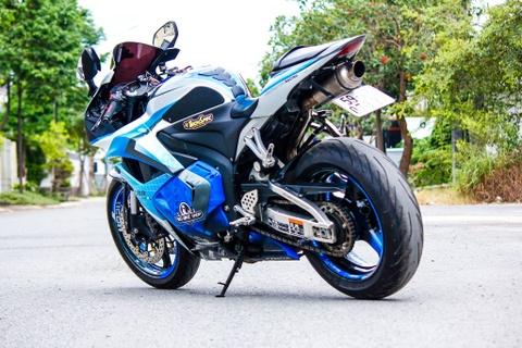 Honda CBR600RR son dan vo bat mat cua biker Sai Gon hinh anh
