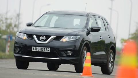 Danh gia Nissan X-Trail: Chay dua ve gia va cong nghe an toan hinh anh