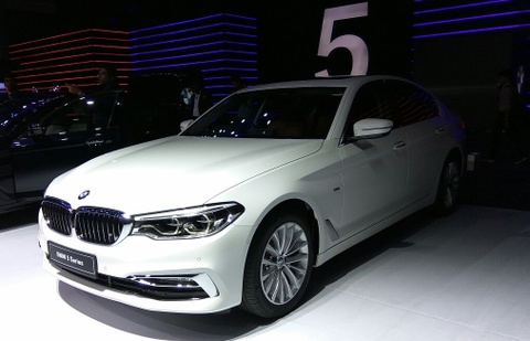 xe bmw 5 series 2017 hinh anh