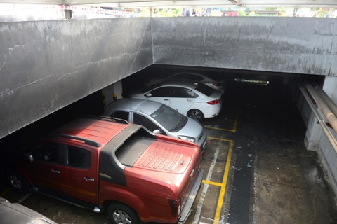 Tuong Phan Anh Minh noi ve nghi van xe o Carina Plaza bi cai no hinh anh