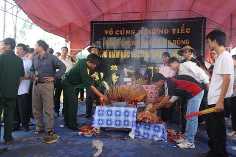 Lam thu tuc cong nhan liet si cho ong Nguyen Tai Dung hinh anh