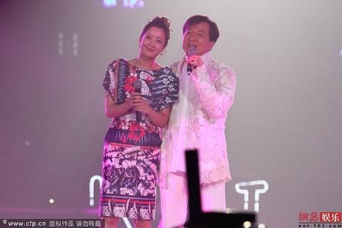 Cap doi Hoa - Han hot nhat nhi showbiz hinh anh