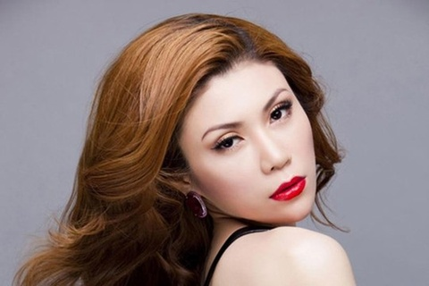 Uyen Trang: 'Toi khong phai la nu hoang nhac thi truong' hinh anh