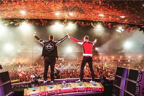 Tiesto Tomorrowland 2015 hinh anh