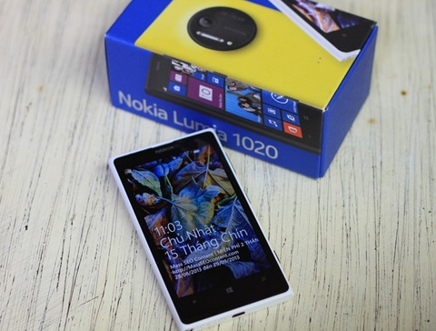 Nokia Lumia 1020, Galaxy Gear da len ke tai Viet Nam hinh anh