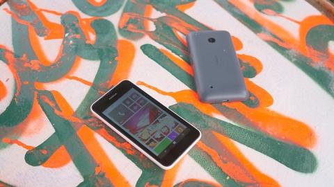 Trai nghiem nhanh Nokia Lumia 530 tai Viet Nam hinh anh