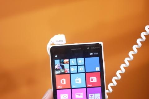 Dung thu Nokia Lumia 830 tai IFA 2014 hinh anh