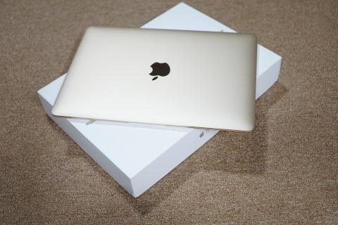 Trai nghiem nhanh MacBook 12 inch Retina o Viet Nam hinh anh