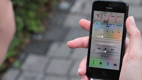 Cach khac phuc Wi-Fi chap chon tren iPhone chay iOS 9 hinh anh
