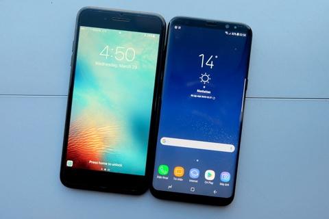 Galaxy S8+ so dang iPhone 7 Plus: Nho hon du man hinh lon hinh anh 1