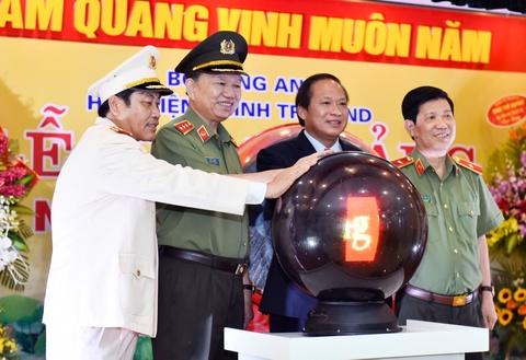 Bo truong To Lam, Truong Minh Tuan du le khai giang hinh anh