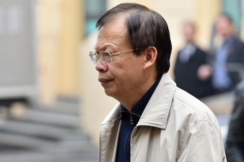 Bi cao Phung Dinh Thuc: 'Co so suat trong kiem tra giam sat' hinh anh