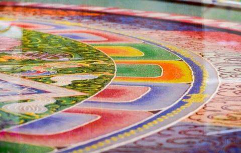 Can canh tranh Mandala Phat Quan Am bang ngoc da quy lon nhat Viet Nam hinh anh 4