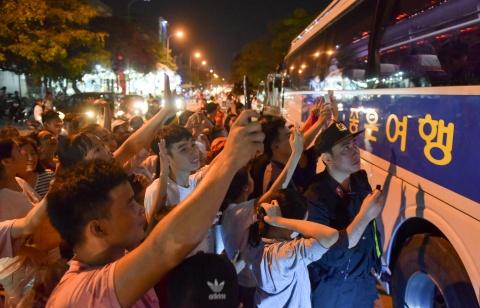 Cong Phuong toa sang mang ve 3 diem cho HAGL hinh anh 11