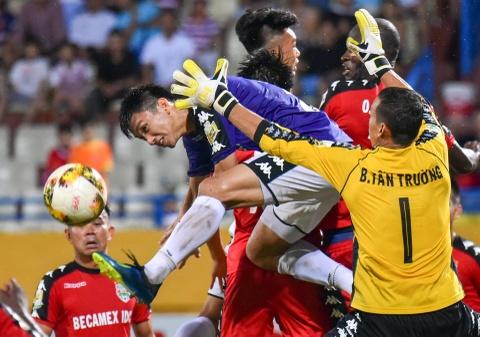 CLB Ha Noi suyt thua doi Binh Duong trong tran dau co 6 ban thang hinh anh 11