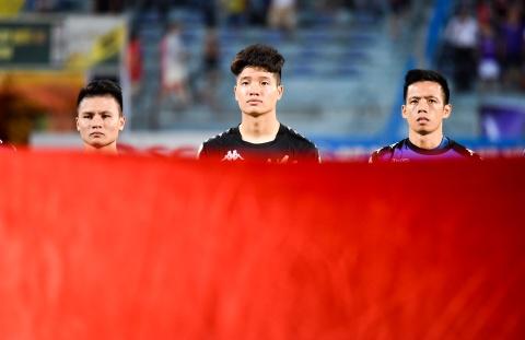 CLB Ha Noi suyt thua doi Binh Duong trong tran dau co 6 ban thang hinh anh 2