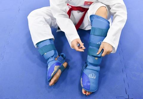 Nu van dong vien karate miet mai tap luyen truoc them ASIAD 2018 hinh anh 2