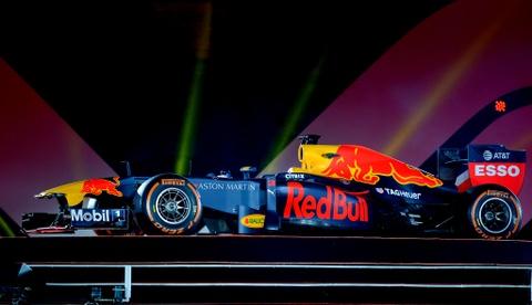 Xe dua F1 xuat hien hoanh trang tai Hoang thanh Thang Long hinh anh 3